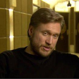 SAMULI EDELMANN - Winstrom - über die Action im Film - OV-Interview