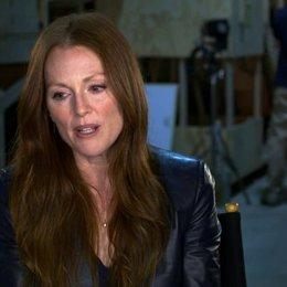 Julianne Moore - Jen Summers - über Liam Neeson - OV-Interview