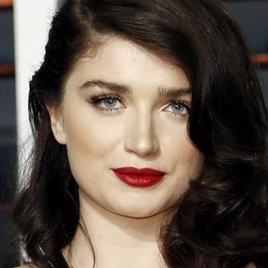 "Bonos Tochter als Lady Marian in ""Robin Hood: Origins"""