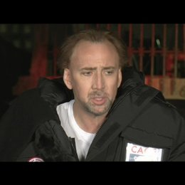 Nicholas Cage über Claire Foy - OV-Interview
