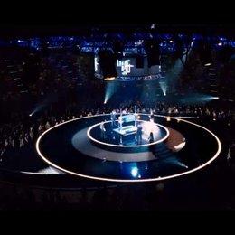 The Four Horsemen lassen einen Mann auf der Bühne verschwinden - Szene
