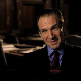 Ralph Fiennes über das detailreiche Szenenbild - OV-Interview