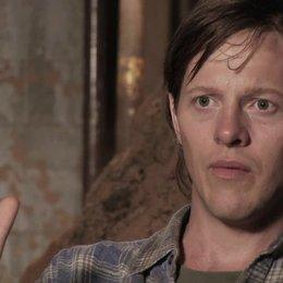 Thure Lindhardt Wolfgang (Priklopil) über das Motiv Priklopils Haus - OV-Interview