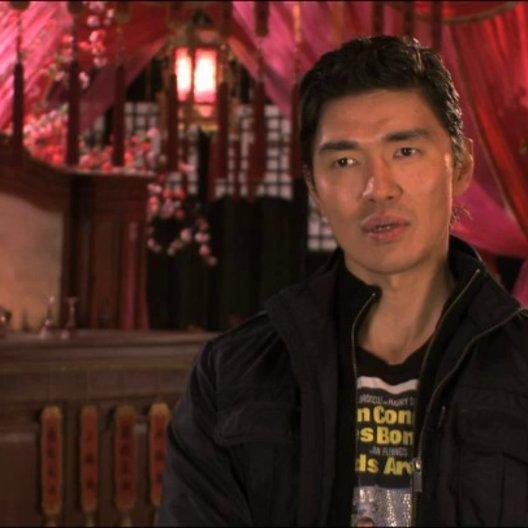 Rick Yune über RZA als Regisseur - OV-Interview