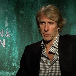 Michael Bay - Regisseur - über die Optik des Films - OV-Interview