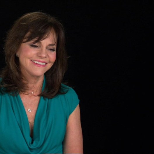 Sally Field (Mary Todd Lincoln) über Steven Spielberg - OV-Interview