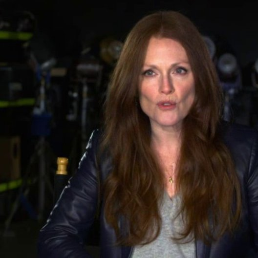 Julianne Moore - Jen Summers - über die Bedeutung ihrer Rolle für die Geschichte - OV-Interview