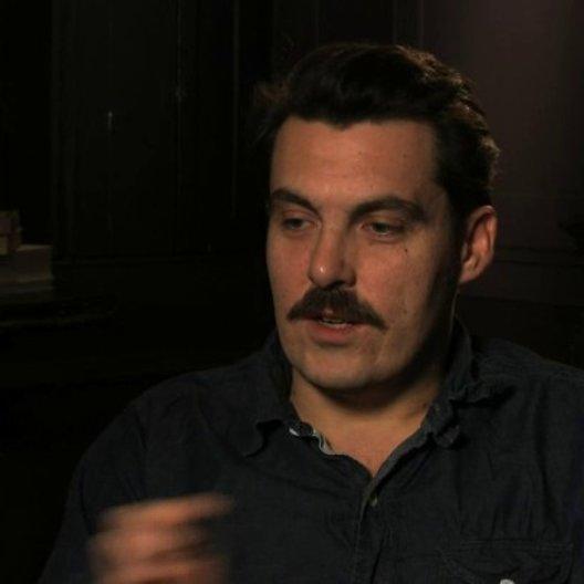 Joe Wright über die Entstehung des Projekts - OV-Interview