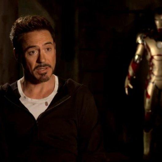 Robert Downey Jr - Tony Stark und Iron Man - über Regisseur Shane Black - OV-Interview