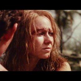 Maria überredet Lucas dem Rufen eines Kleinkindes auf den Grund zu gehen - Szene