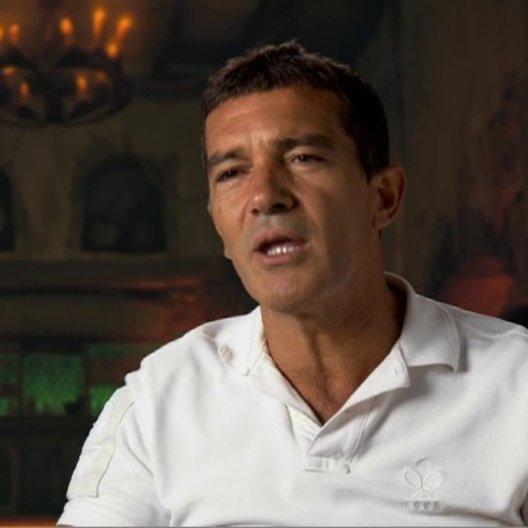 ANTONIO BANDERAS - Originalstimme Der Gestiefelte Kater - über die Zuschauer - OV-Interview