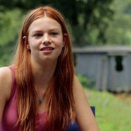 Hanna Binke über die Zusammenarbeit mit Katja von Garnir - Interview
