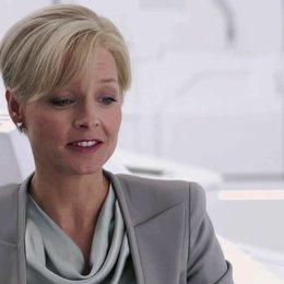 Jodie Foster über die Arbeit mit Regisseur Neill Blomkamp - OV-Interview