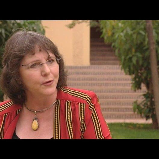 Cross über die Zusammenarbeit bei der Entwicklung des Films - OV-Interview