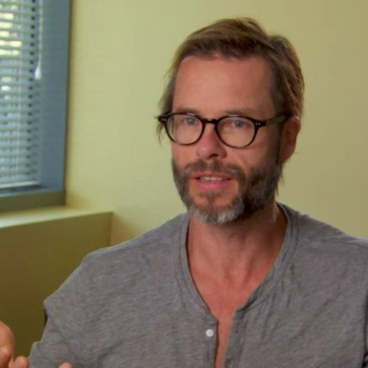 Guy Pearce - Aldrich Killian - über Robert Downey Jr als Tony Stark - OV-Interview