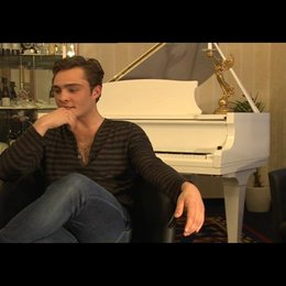 Ed Westwick (Jonny) über Jonny und Kim - OV-Interview