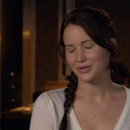 JENNIFER LAWRENCE -Katniss Everdeen- über die Bücher - OV-Interview