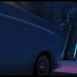 Lucy und Gru werden von zwei Minions gerettet - Szene
