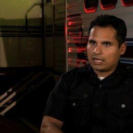 Michael Pena über seine Reaktion auf das Drehbuch - OV-Interview