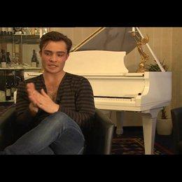 Ed Westwick (Jonny) über seine Rolle - OV-Interview