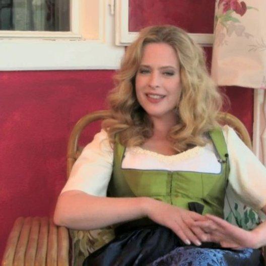 Diana Amft - Ottilie Giesecke - über ihren Lieblingssong im Film - Interview