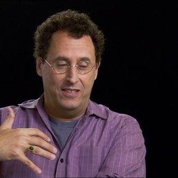 Tom Kushner (Drehbuchautor) über Steven Spielberg - OV-Interview