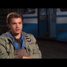 Emile Hirsch (Sean) über Moskau - OV-Interview