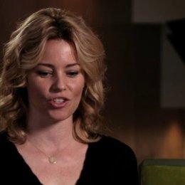 Elizabeth Banks über die Riff-Off-Szene - OV-Interview