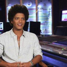 Bruno Mars - Roberto - darüber was ihn an dem Film anzog - OV-Interview