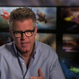 Klay Hall - Regisseur - über die Zusammenarbeit mit dem Produzenten John Lasseter und über die Recherchen - OV-Interview