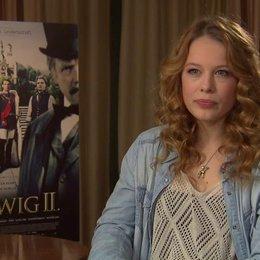 Paula Beer über die Rolle der Sophie in Bayern - Interview