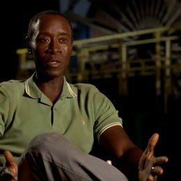 Don Cheadle - James Rhodes - über Shane Black als Drehbuchautor - OV-Interview