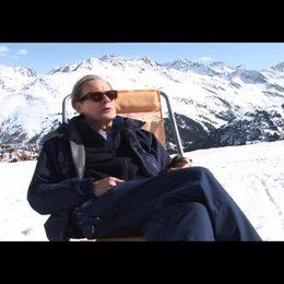 Bill Nighy (Richard) über seine Erfahrungen auf Skiern - OV-Interview