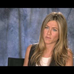 Jennifer Aniston ueber Jason Bateman - OV-Interview