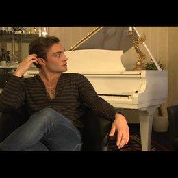 Ed Westwick (Jonny) über die Dreharbeiten - OV-Interview