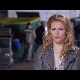 Rachael Taylor (Anne) über ihre Rolle - OV-Interview