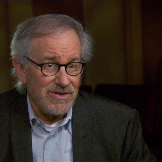 Steven Spielberg (Regisseur-Produzent) über den Film als Polit-Thriller - OV-Interview