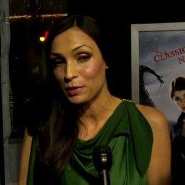 US Premiere - Famke Janssen - Muriel - über ihre Ausstattung als Hexe - OV-Interview