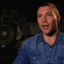 Jai Courtney (Jack McClane) über die Rolle von Bruce Willis - OV-Interview