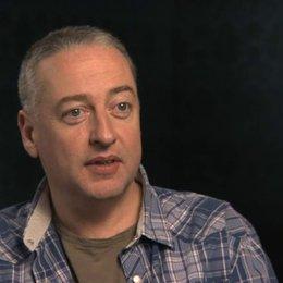Seamus McGarvey über den Wechsel zum Theaterkonzept - OV-Interview