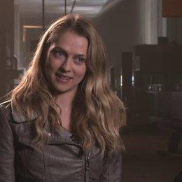 Teresa Palmer über die Handlung des Films - OV-Interview