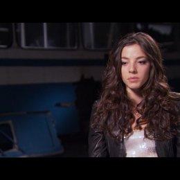 Olivia Thirlby (Natalie) über Rachael Taylor - OV-Interview