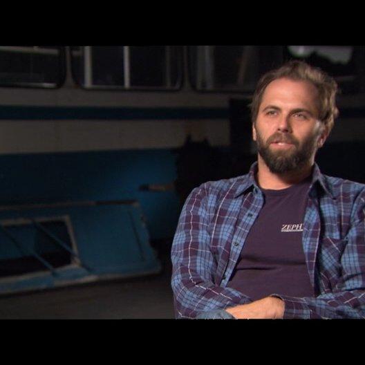 Chris Gorak (Regisseur) über Max Minghella - OV-Interview