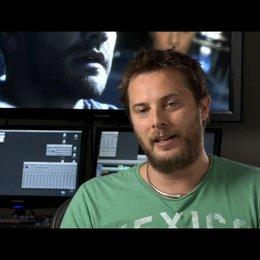 Duncan Jones (Regie) über das Thema Beziehung im Film - OV-Interview