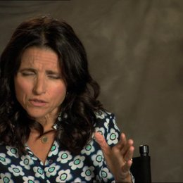 Julia Louis-Dreyfus - Eva - über James Gondolfini - OV-Interview