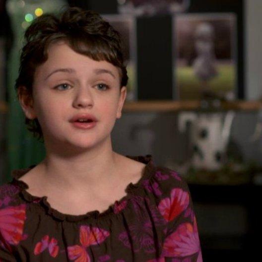 Joey King (Mädchen im Rollstuhl und Porzellanmädchen) über die Begegnung des Porzellanmädchens mit Oz - OV-Interview