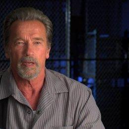 Arnold Schwarzenegger über Regisseur Mikael Hafstroem - OV-Interview