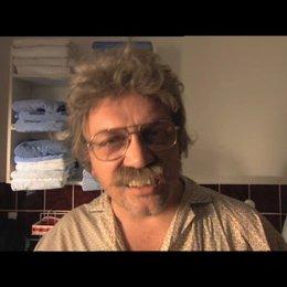 Horst Schlämmer startet positiv in den Tag - Szene