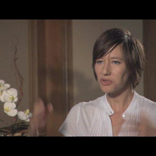 Johanna Wokalek - wie es ist einen Mann zu spielen - Interview