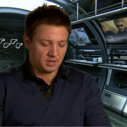 JEREMY RENNER - Brandt - über seine Rolle - OV-Interview
